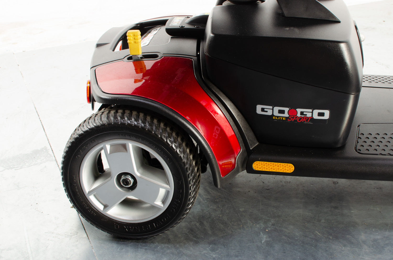 2018 Pride Go-Go Elite Traveller Sport 4mph Mobility Boot Scooter in Red