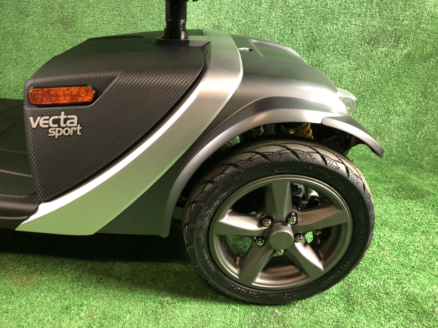 New Rascal Vecta Sport from Electric Mobility 8mph Mid Size Mobility Scooter