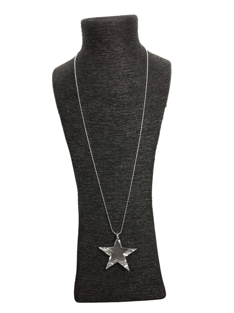 MILLIE DOUBLE HAMMERED STAR NECKLACE