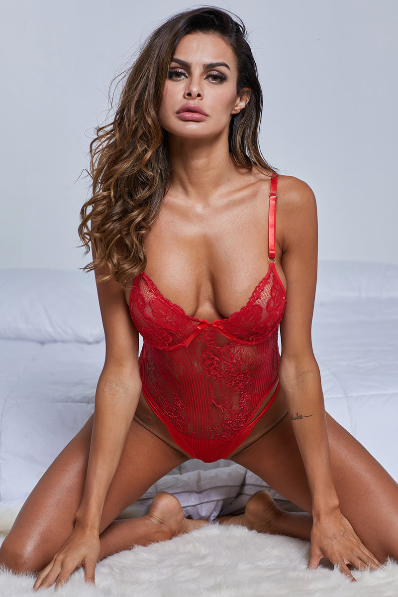 Red Yummy Scalloped Lace Teddy Lingerie - GHA Discount