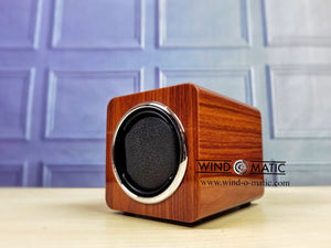 1+0 Walnut Watch Winder