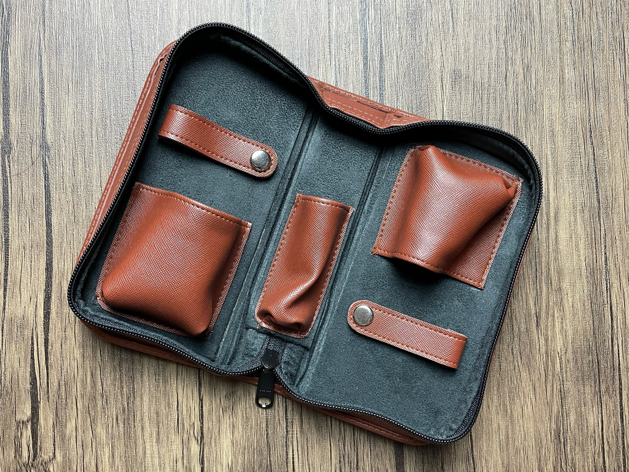 2 Watch Pouch (Brown)