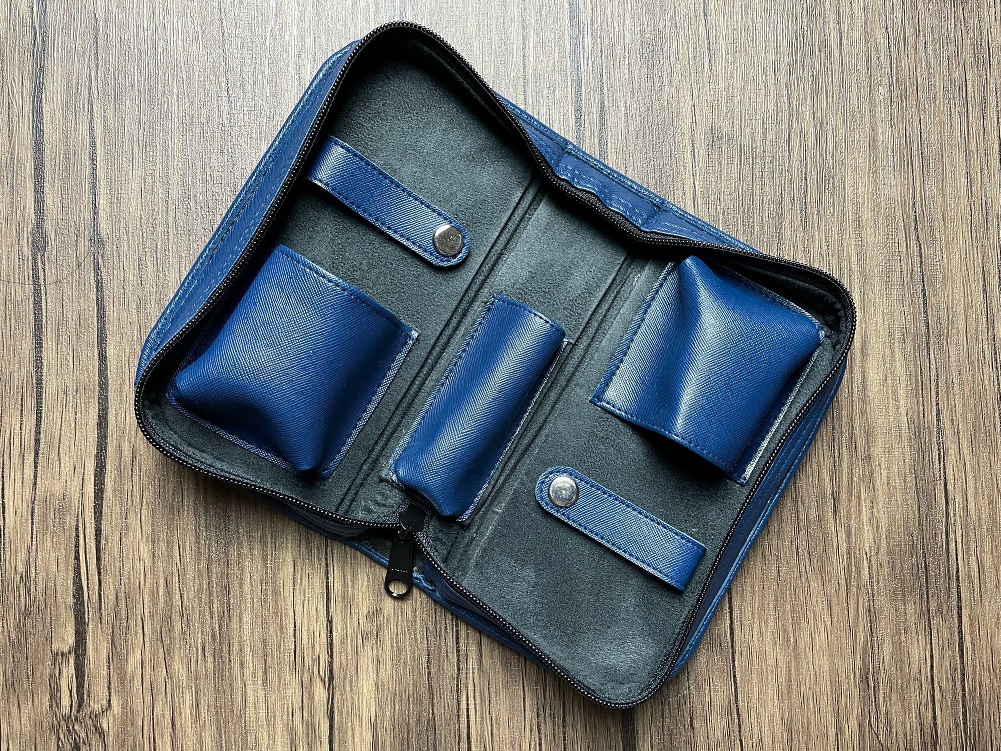 2 Watch Pouch (Blue)