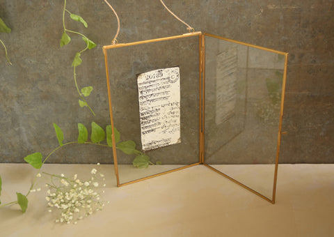 Monotone Photo Frame