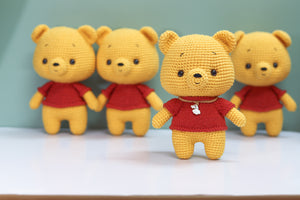 KNIT LITTLE SWEATER FOR POOH