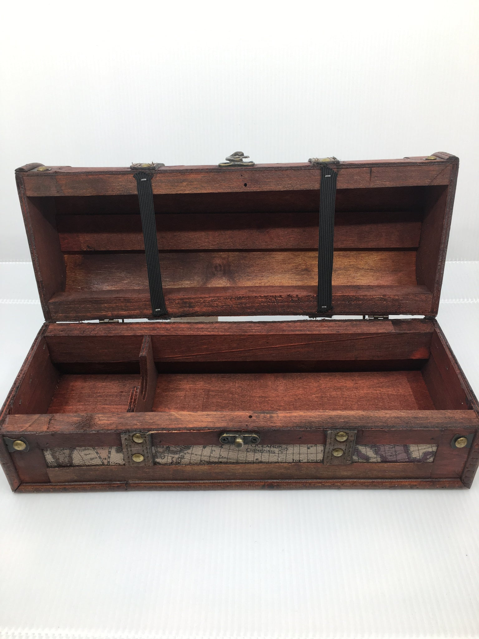 Wine box, old world
