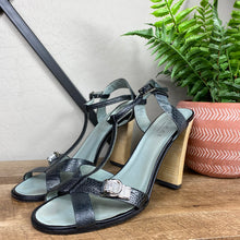 Load image into Gallery viewer, Gucci Ostrich Claw Jeweled T-Strap Sandals