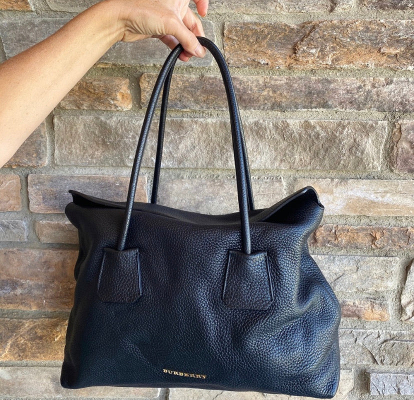 Burberry Pebbled Leather Baynard Medium Tote