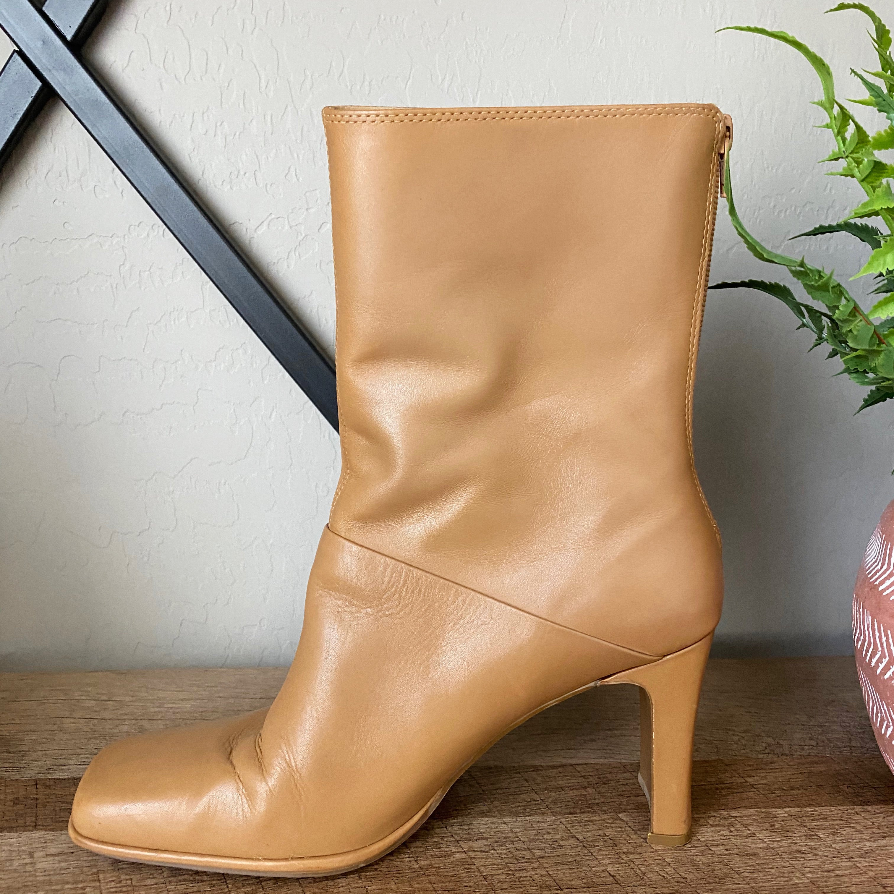 Amanda Smith Fate Leather Vintage Heeled Boots