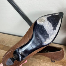 Load image into Gallery viewer, Prada Vintage Leather Bow Pointed Toe Pump