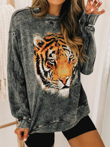 Printed round neck long sleeve casual top