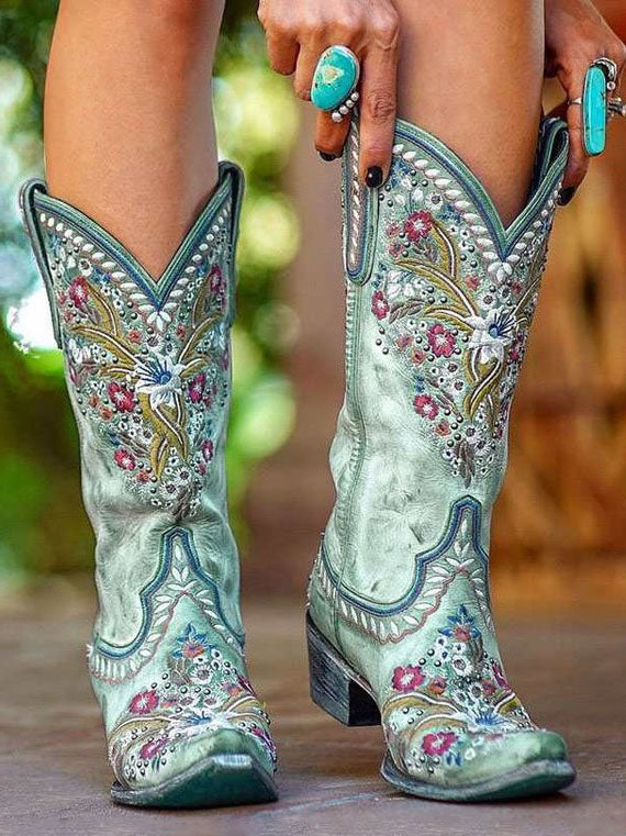 Riveted embroidered mid-heel knight boots