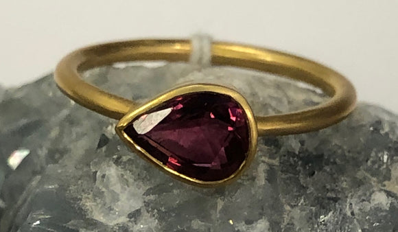 Pear Shape Pink Tourmaline Ring Size 6.75 D229