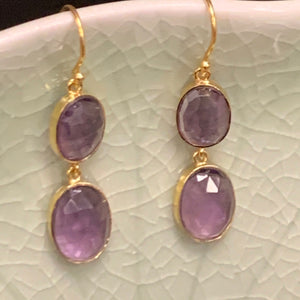 Amethyst Earrings in 18k Gold D868