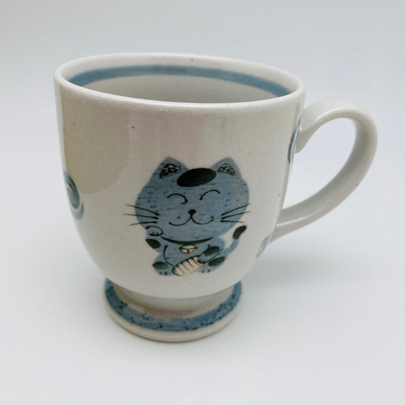 Japanese Porcelain Cat Mug or Rice Bowl