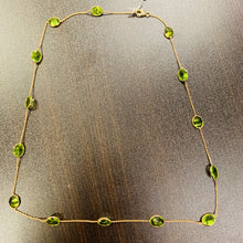 Load image into Gallery viewer, Peridot Necklace in 18k Gold D145