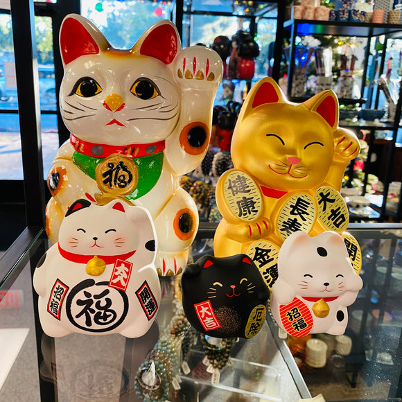 Japanese Ceramic Maneki Neko
