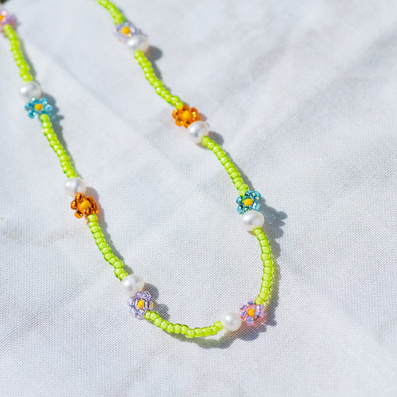 Summer Lovin' Pearl Daisy Chain Necklace