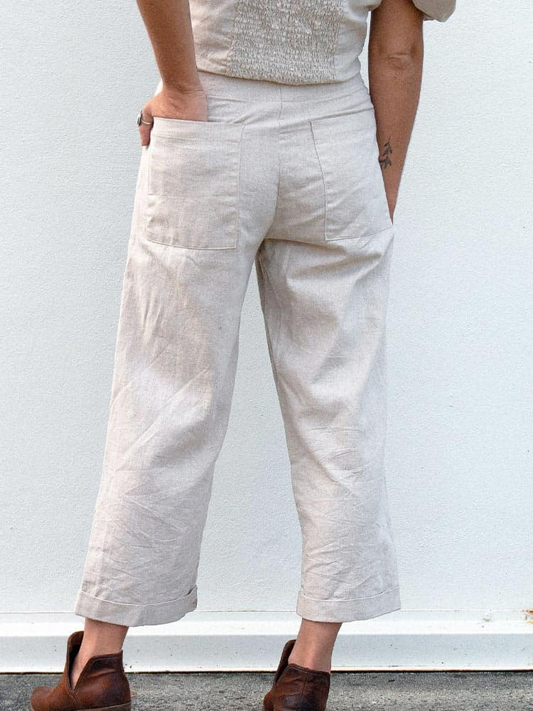 Two large rectangular back pockets on the Dreamers and Drifters linen chino pants