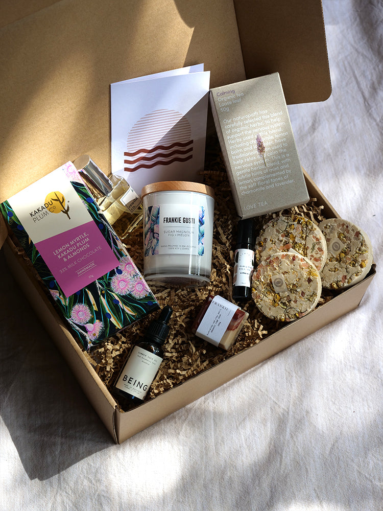Navy Trader Co Ultimate Empower Her Eco Giftbox