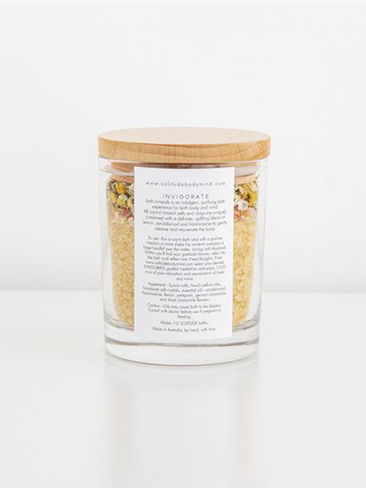 pretty-reusable-glass-jar-with-natural-mineral-salts-and-petals