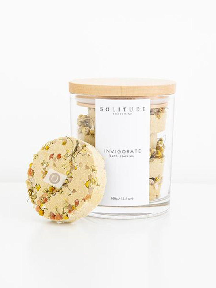 pretty-organic-bath-cookies-in-sustainable-glass-jar