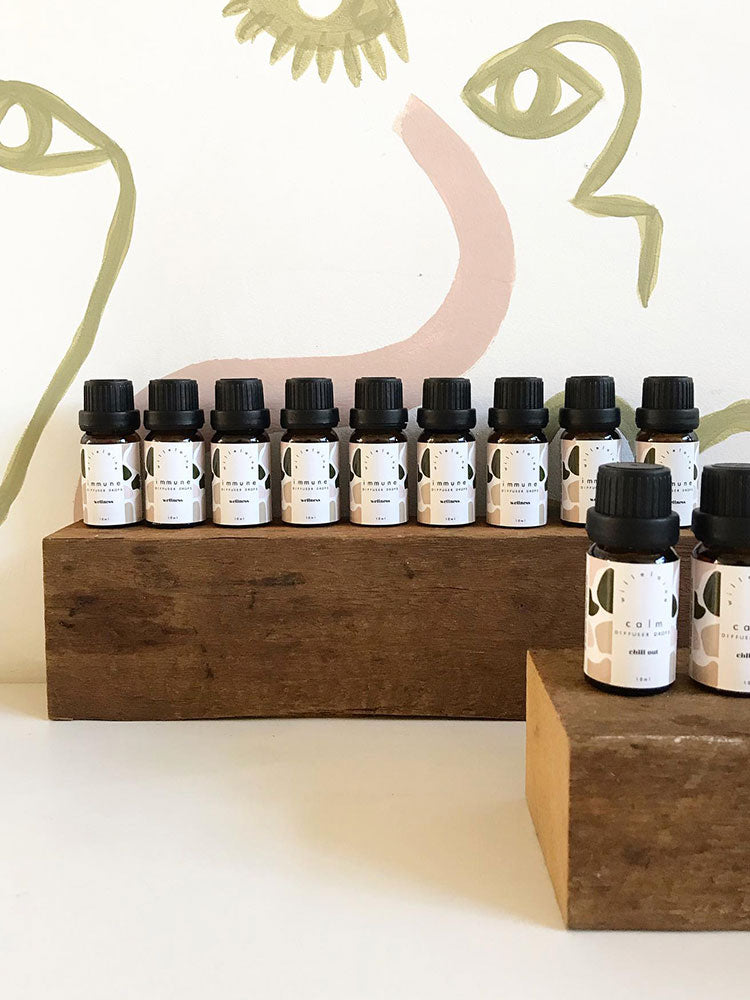 Willelaine Aromatherapy Diffuser Drops Display