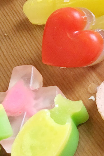 Soaps + Bath Fizzers Making • Party