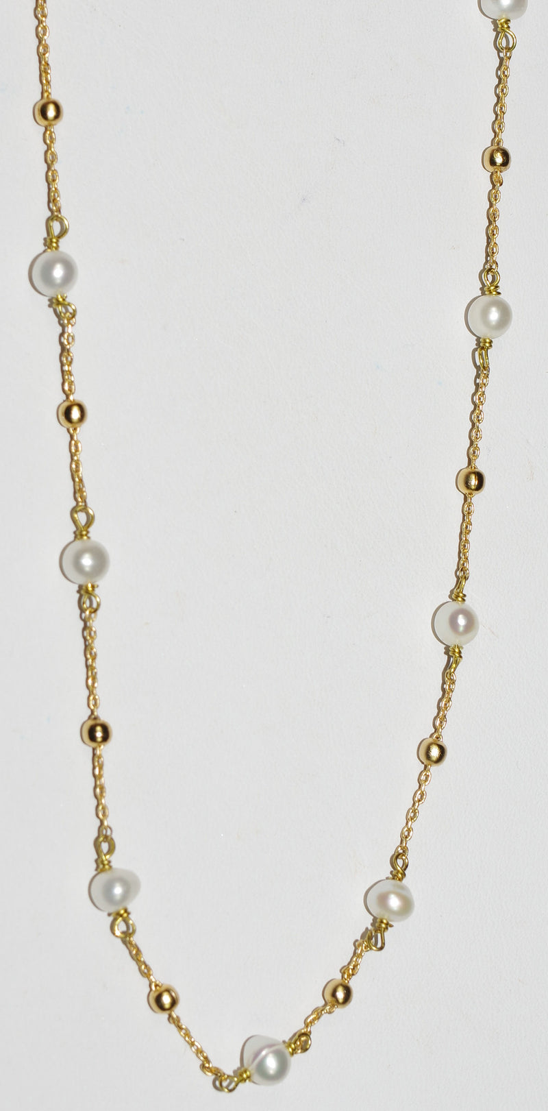 "MARIANA NECKLACE PEARL:  pearl stones in yellow gold setting, 36"" adjustable chain"