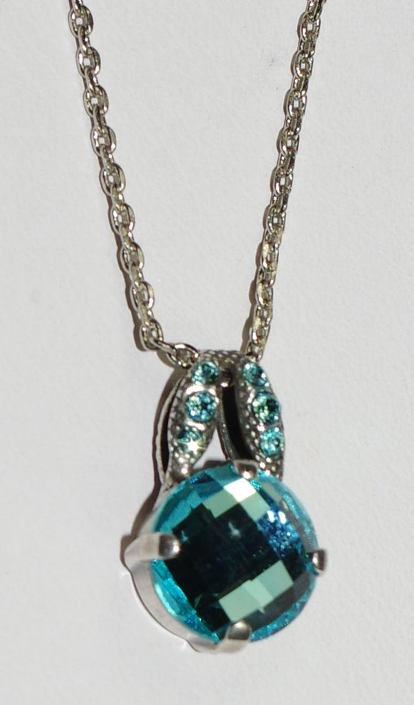 "MARIANA PENDANT BLUE: blue stones in 3/4"" silver setting, 18"" adjustable chain"