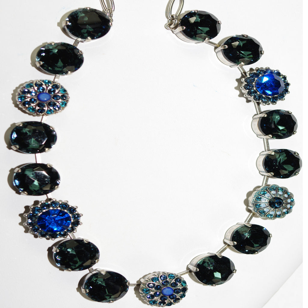 MARIANA NECKLACE TRANQUILITY: dark & light blue stones in silver setting