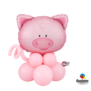 Playful Pig Table Topper