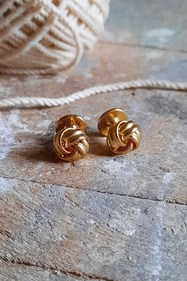 Gold Knot Cufflink Set