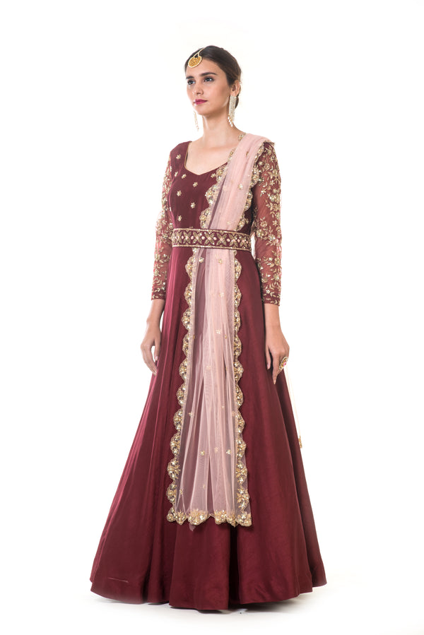 Maroon Hand Embroidered Anarkali with an Embroidered waistbelt & Peach Dupatta