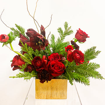 Fireside - Winter Seasonal Florist Design in Red Tones + Pine Cones