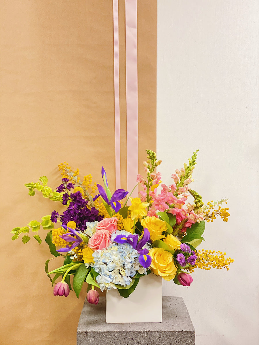 Sweet Mama - Springtime Florist Design In Bright Tones | Fresh Arrangement - Lizzie Bee's Flower Shoppe