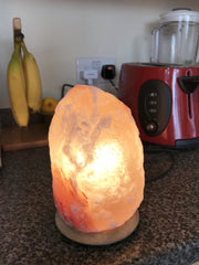 Himalayan Original Pink 2-3 Kg Rock Salt Lamp from Pakistan - recommended to Purify the Air and Improve Mood