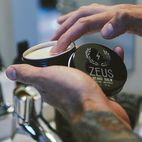 essential beard care items to bring on your holidays trips