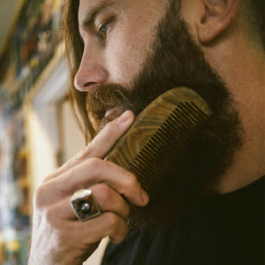 Load image into Gallery viewer, Zeus Organic Sandalwood Beard Comb with Leather Sheath - S31
