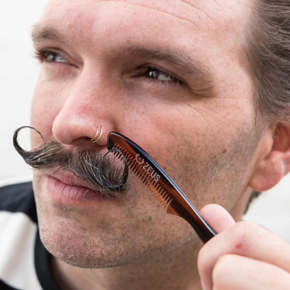 Load image into Gallery viewer, Zeus Large Mustache Comb - P11