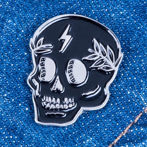 Load image into Gallery viewer, Zeus Skull Enamel Pin