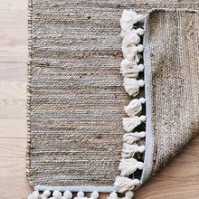Load image into Gallery viewer, Neutral Jute Tassel Rug