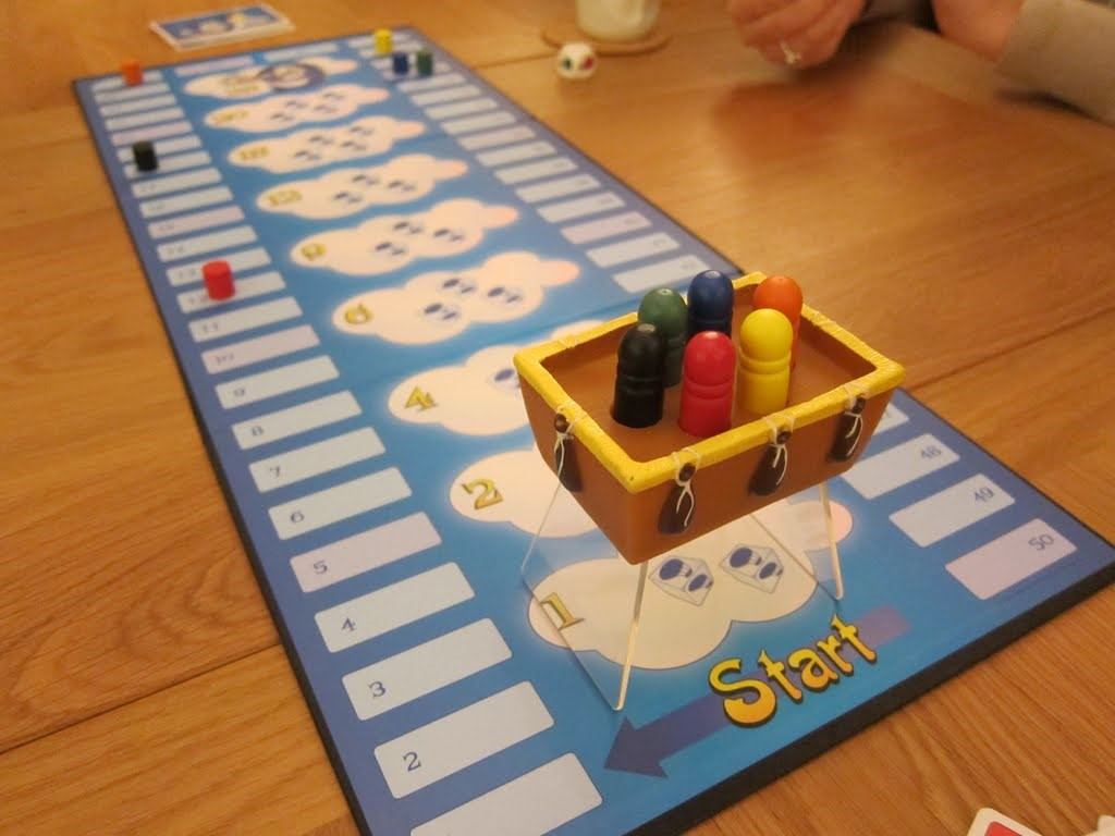 Cloud 9 Board Game - Set it Down. Picture via Kevin & Games