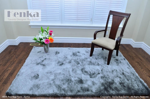 Picture of Silky Light Grey Shag Rug