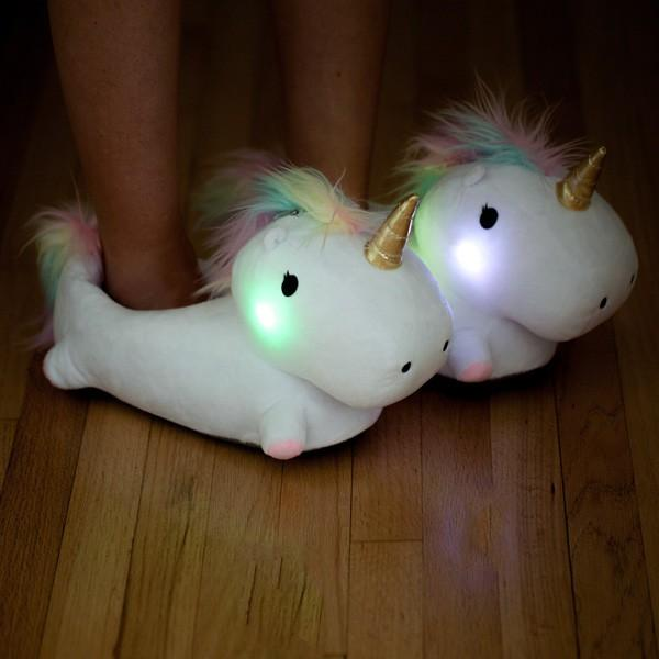 Chaussons licorne lumineux  CommentSeRuiner