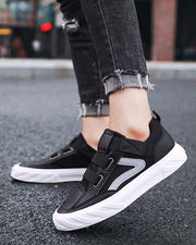 Brief Breathable Velcro Sports Sneakers