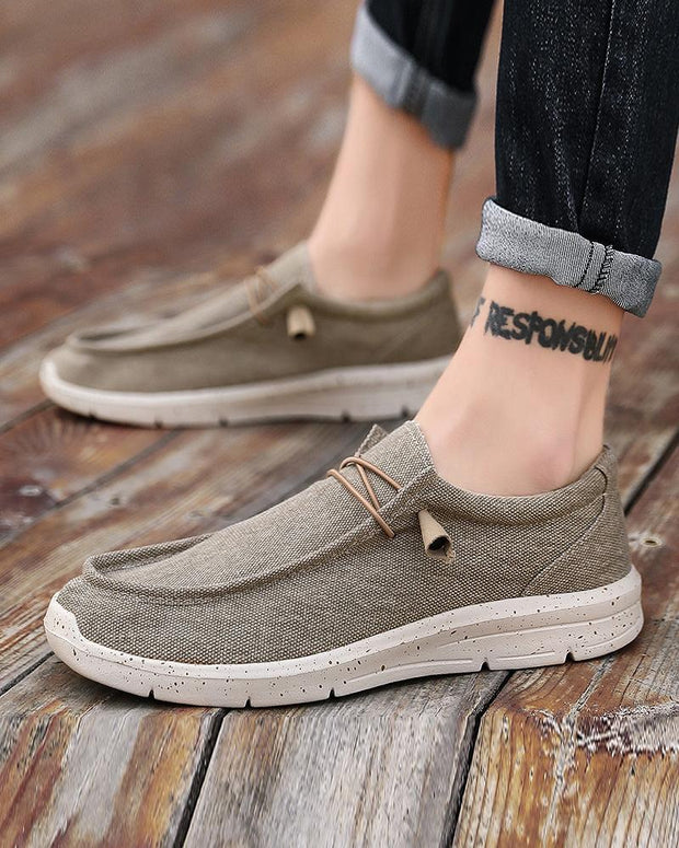 Solid Square-toe Flat Lace-up Sneakers
