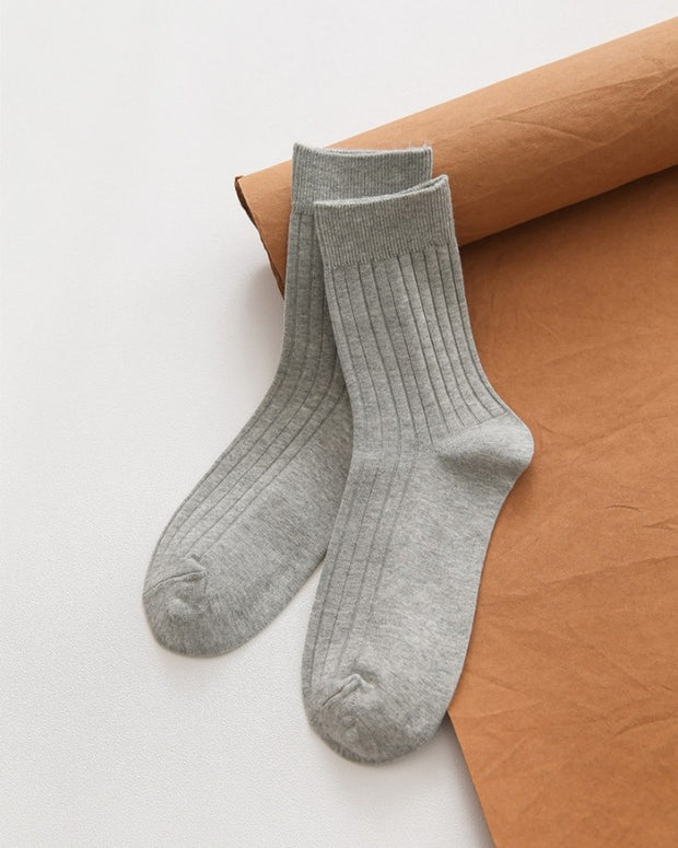 Solid Ribbed Midi Socks