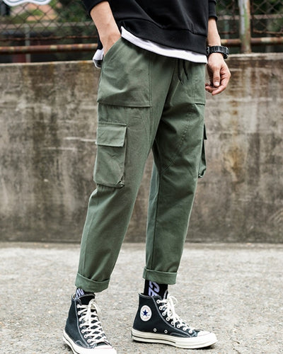 Solid Pockets Straight Cargo Pants