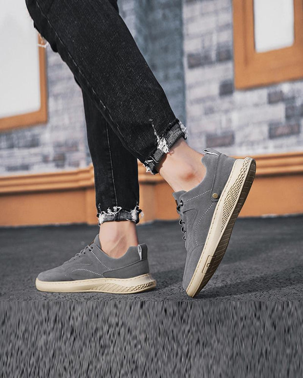 Solid Color Lace-up Round Toe Casual Sneakers